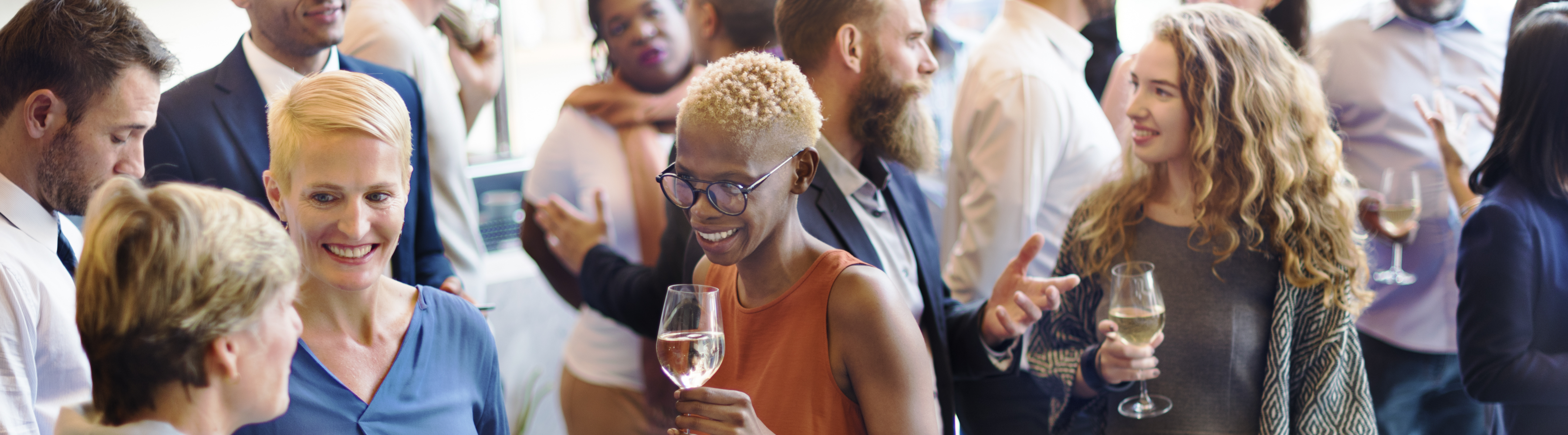 What To Bring To A Networking Event