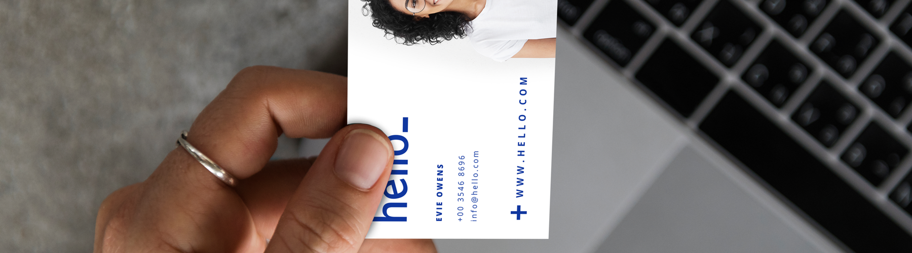 5 reasons why we still all love business cards