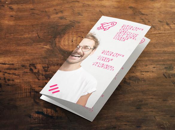 Folded leaflets | Cheap mass marketing methods | Helloprint