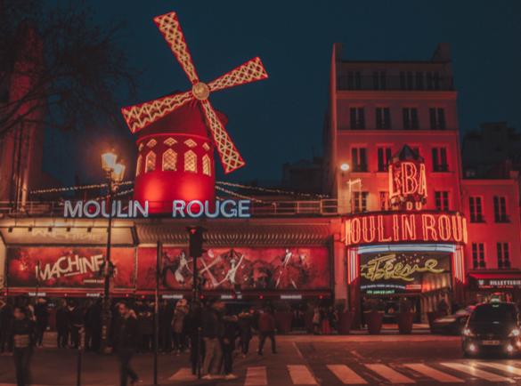 Moulin rouge  |  L'histoire derrière les panneaux les plus connus au monde