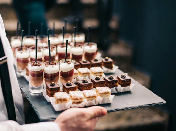 10 ways to Attract a Crowd to Your Exhibition Stand | 6. Everybody loves free food