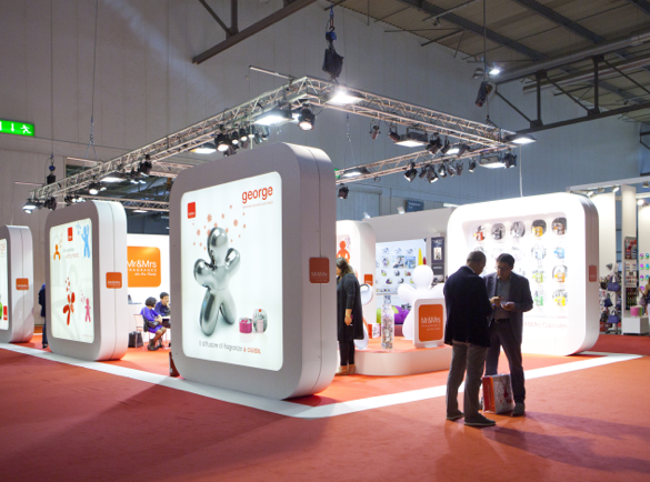 1. Have an interesting display | 7 Easy Conversation Starters for Your Next Exhibition