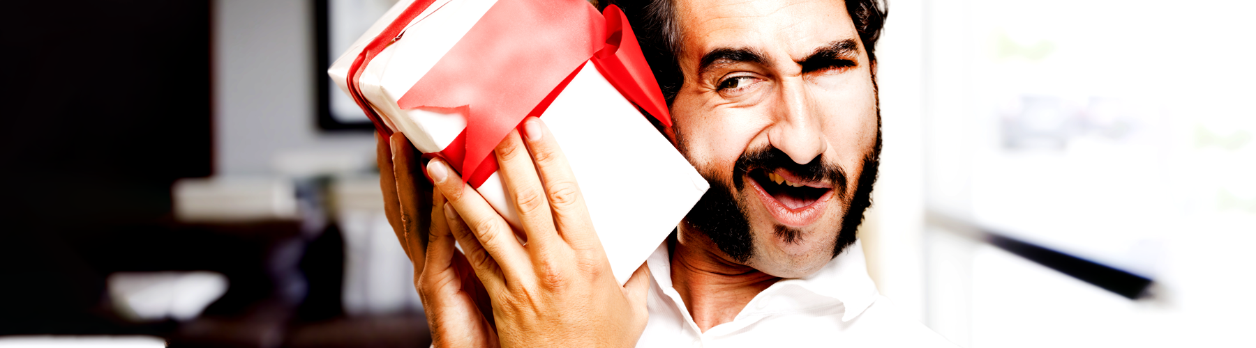 Top 9 Laughably Awful Corporate Gifts Employees Actually Received